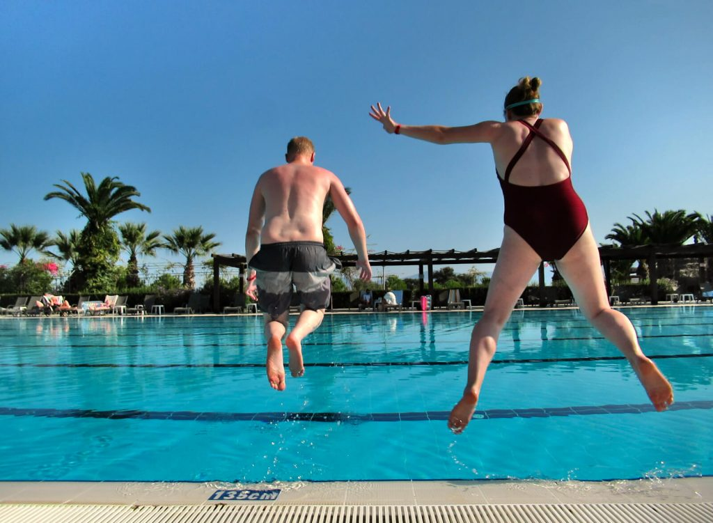 Zoe and Adam jump into the pool as they run away from their adult lives towards Mexico!