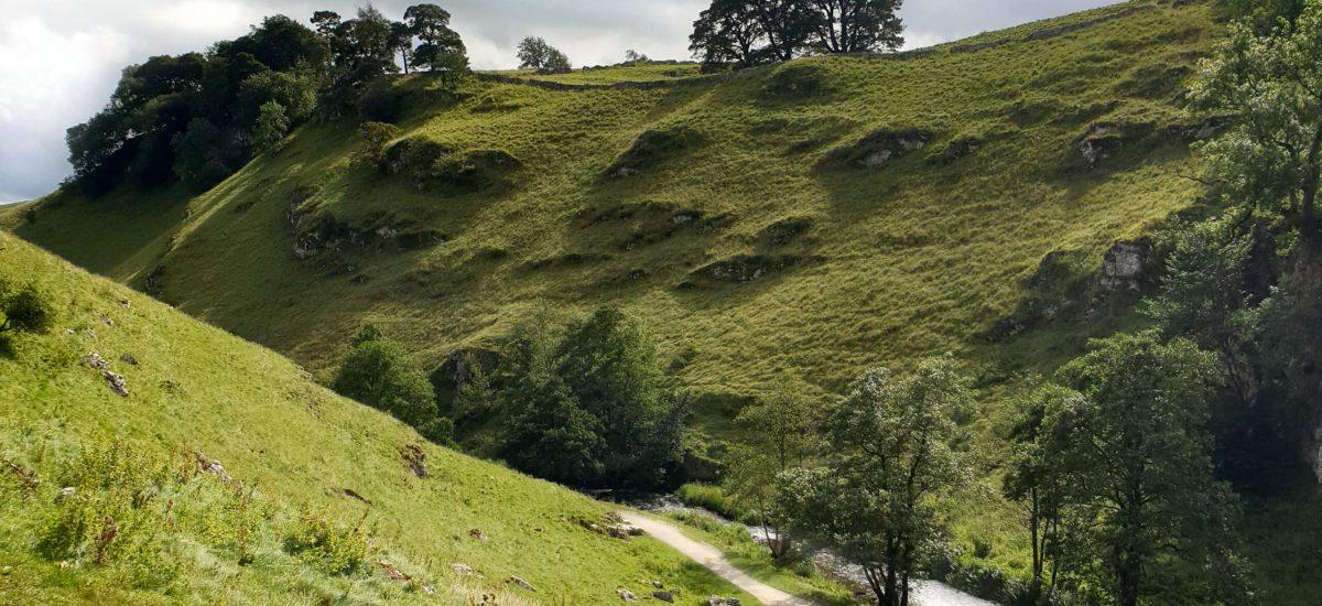 Hartington Walk (5.3-Mile Walk in the Peak District Countryside)