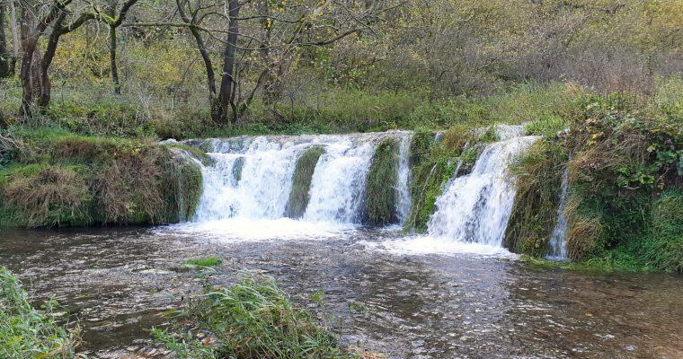 Lathkill Dale Walk (6-Mile Peak District Waterfall Walk)